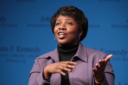 "Gwen Ifill at ""A Conversation with Gwen Ifill"" (1/22/09) https://www.jfklibrary.org/Asset-Viewer/Q0_e8Zd7uk2dplsvUQBKDg.aspx"